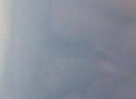 امرأة شقراء ناضجة تتعرض للخبط في استوديو للتدليك من قبل رجل أبيض