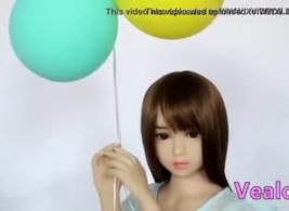 مثير الآسيوية في سن المراهقة تذوق لها أول الديك السليم
